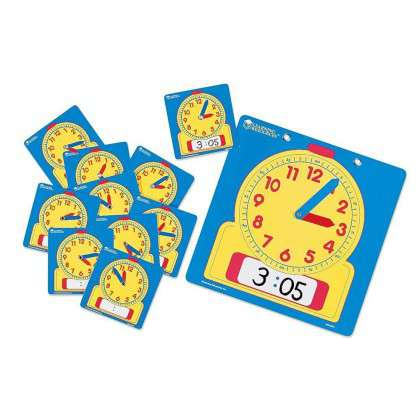 Zestaw klasowych zegarów